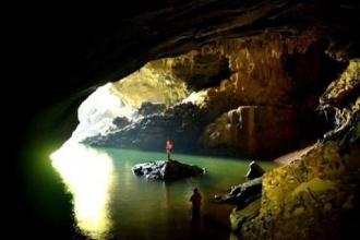 Phong Nha - Ke Bang National Park: A discovery tourto  Hamad Valley- Tra Ang Cave